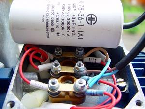 Schemi Avvolgimenti Motori Elettrici : Motori monofase con relè di avviamento e condensatore motore